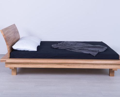 Siongle kreveti od masiva