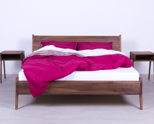 Singl kreveti od punog drveta