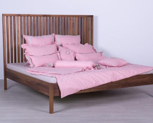 RAST krevet od masiva