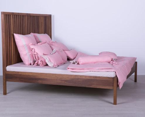 drveni kreveti za jednu osobu