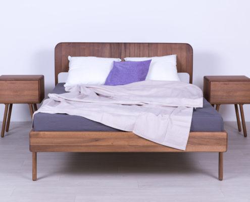 bracni krevet od masiva