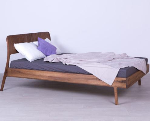 krevet od masiva bracni