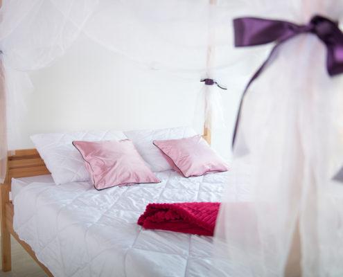 kreveti od masiva drveta
