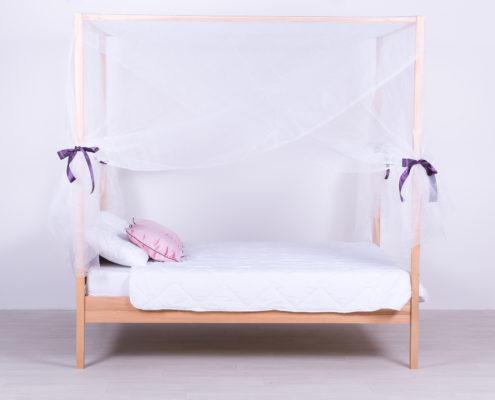 Romantični kreveti od masiva beograd