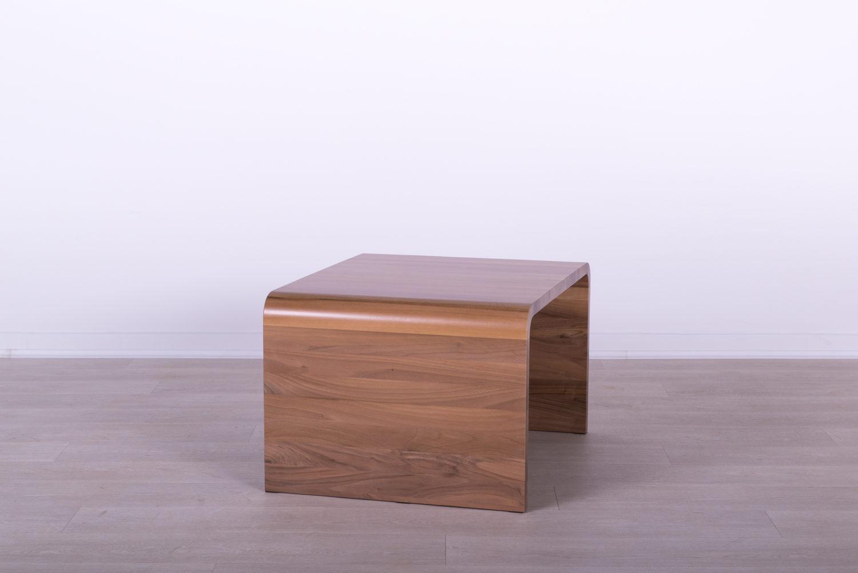 manji stolovi od masiva