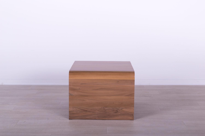 manji drveni sto